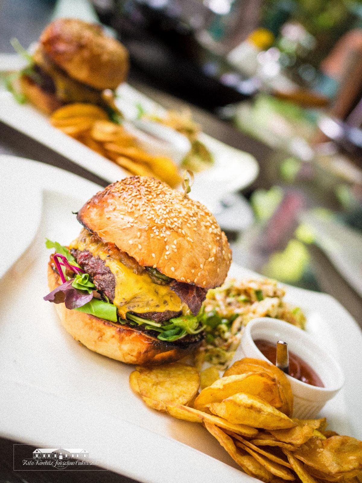 Zila burger