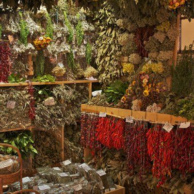 At Mercado dos Lavradores, Funchal