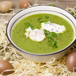 easter_soup_green_herbs_bear's_garlic_egg_homemade_cooked-1385178